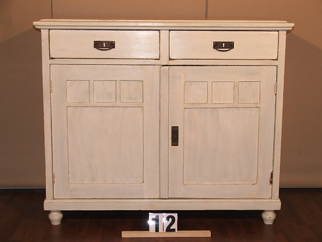 Méretek:115x96x51 Régi fenyő,festett,antikolt szekrény,fiókos szekrény