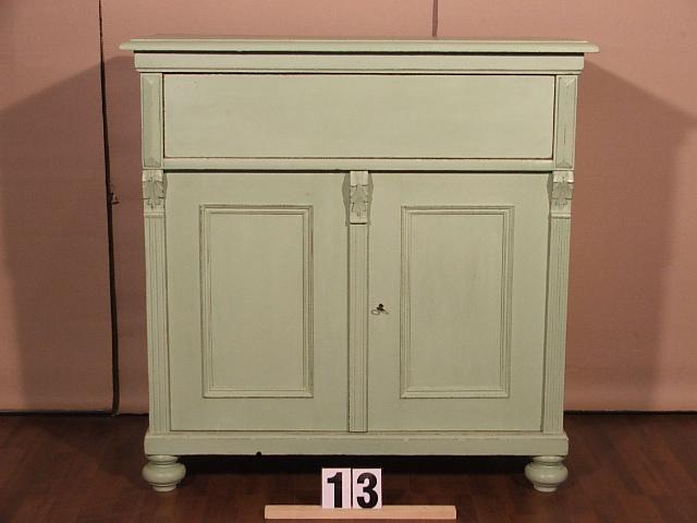 Méretek:98x98,5x45,5 Régi,fenyő,festett,antikolt szekrény