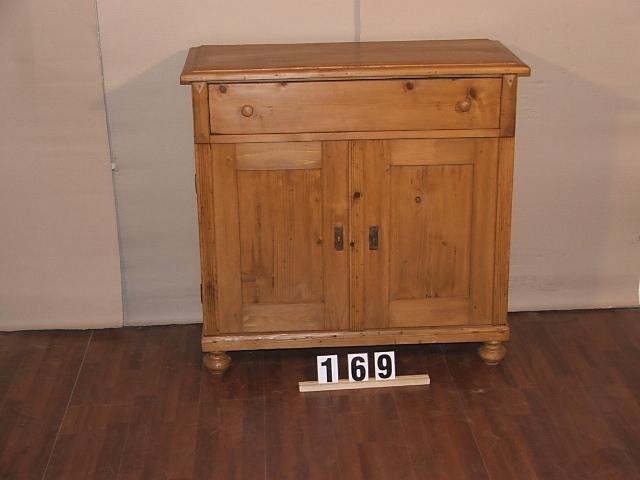 Méretek:100x97x44 Régi fenyő kis szekrény,fiókos szekrény,méh viaszolt