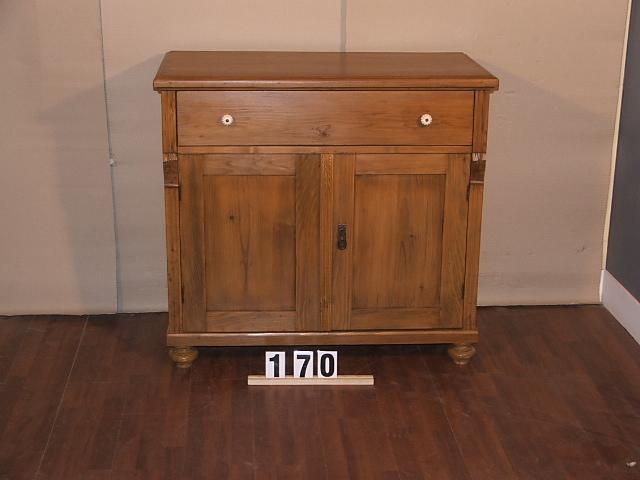 Méretek:104x97x51 Régi fenyő kis szekrény,fiókos szekrény,méh viaszolt