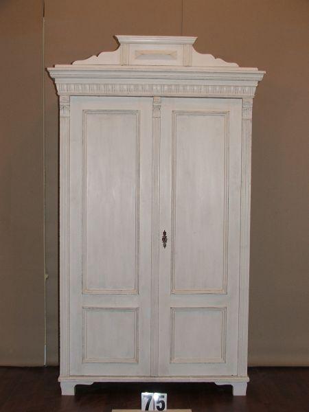 Méretek:114,5x193x50,5 Régi fenyő festett,antikolt szekrény,ruhásszekrény,méh viaszolt