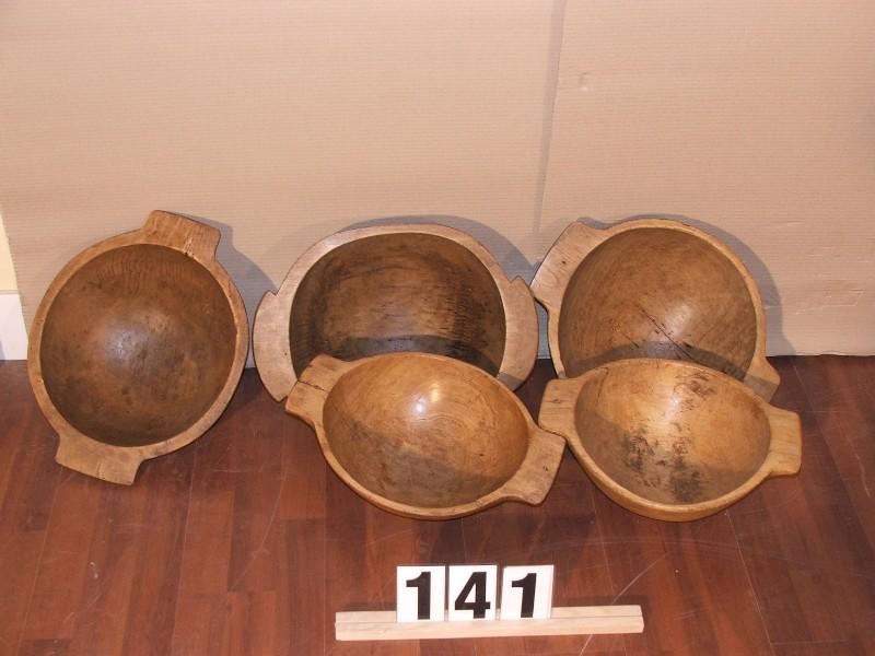 Méretek:kb40x30 régi waxolt fateknők,teknők,fatál